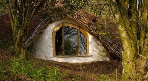 Hobbit-House-4-620x342
